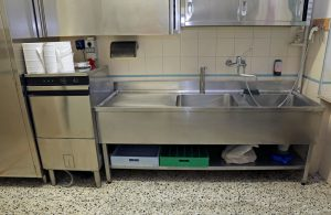 How to Keep a Grease Trap Clean | Simpson Plumbing